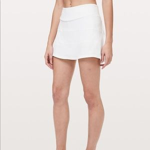 Lululemon Pace Rival Skirt - size 6 NWT